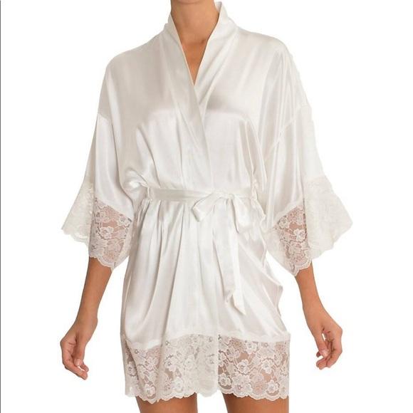 In Bloom Intimates   Sleepwear  c3e8bbef3